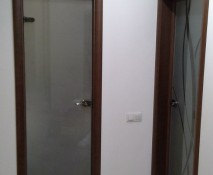 dveri_raspashnye_steklyannye_46.jpg