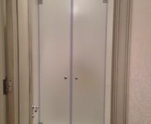 steklyannyye-dveri-dlya-dusha_11.jpg