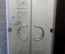steklyannyye-dveri-dlya-dusha_16.jpg