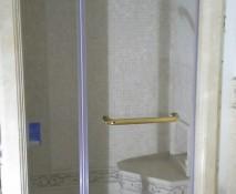 steklyannyye-dveri-dlya-dusha_1.jpg