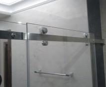 steklyannyye-dveri-dlya-dusha_5.jpg